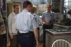 Max Hoyland, Boyd Hoyland, Stuart Parker in Neighbours Episode 4590