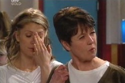 Izzy Hoyland, Andrea Jeffries in Neighbours Episode 4590