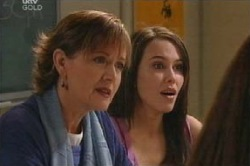 Susan Kennedy, Libby Kennedy in Neighbours Episode 4591