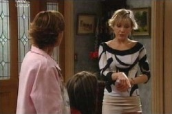 Susan Kennedy, Sindi Watts in Neighbours Episode 4594