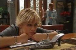 Sindi Watts, Susan Kennedy in Neighbours Episode 4595