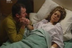 Izzy Hoyland, Karl Kennedy in Neighbours Episode 4597