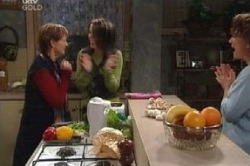 Susan Kennedy, Libby Kennedy, Lyn Scully in Neighbours Episode 4600