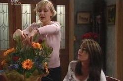 Sindi Watts, Libby Kennedy in Neighbours Episode 4601