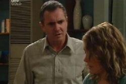 Karl Kennedy, Izzy Hoyland in Neighbours Episode 4602
