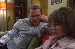 Max Hoyland, Summer Hoyland in Neighbours Episode 4606