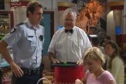 Stuart Parker, Harold Bishop, Sindi Watts in Neighbours Episode 4613