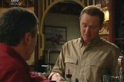 Karl Kennedy, Max Hoyland in Neighbours Episode 4613