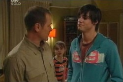 Max Hoyland, Summer Hoyland, Jack Scully in Neighbours Episode 4614