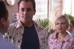 Stuart Parker, Sindi Watts in Neighbours Episode 4616