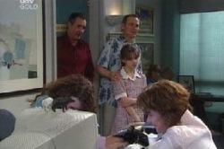 Karl Kennedy, Summer Hoyland, Max Hoyland, Lyn Scully, Liljana Bishop in Neighbours Episode 4616