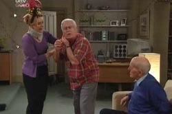 Janelle Timmins, Lou Carpenter, Charlie Cassidy in Neighbours Episode 4618