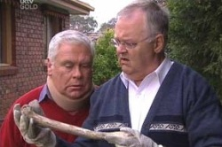 Harold Bishop, Lou Carpenter in Neighbours Episode 4618