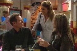 Max Hoyland, Izzy Hoyland, Steph Scully in Neighbours Episode 4624