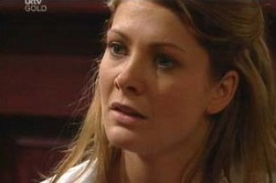 Izzy Hoyland in Neighbours Episode 4624
