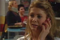 Izzy Hoyland in Neighbours Episode 4625