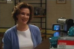 Lyn Scully in Neighbours Episode 4625
