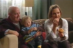 Charlie Cassidy, Oscar Scully, Steph Scully in Neighbours Episode 4628