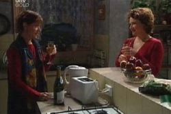 Susan Kennedy, Lyn Scully in Neighbours Episode 4628