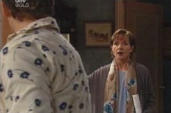 Stuart Parker, Susan Kennedy in Neighbours Episode 4628