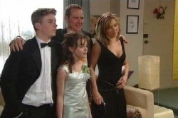 Max Hoyland, Boyd Hoyland, Summer Hoyland, Steph Scully in Neighbours Episode 4629