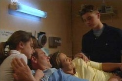Summer Hoyland, Max Hoyland, Steph Scully, Boyd Hoyland in Neighbours Episode 4632