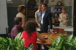 Liljana Bishop, David Bishop, Susan Kennedy, Paul Robinson, Max Hoyland, Izzy Hoyland in Neighbours Episode 4648