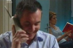 Karl Kennedy, Izzy Hoyland in Neighbours Episode 4649