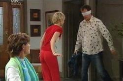 Susan Kennedy, Stuart Parker, Sindi Watts in Neighbours Episode 4649