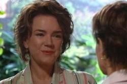 Lyn Scully, Susan Kennedy in Neighbours Episode 4655