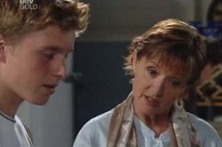 Boyd Hoyland, Susan Kennedy in Neighbours Episode 4656