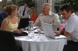 Cameron Paris, Izzy Hoyland, Paul Robinson in Neighbours Episode 4656