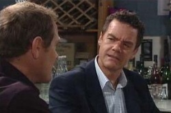 Max Hoyland, Paul Robinson in Neighbours Episode 4660