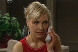 Sindi Watts in Neighbours Episode 4671