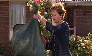Susan Kennedy in Neighbours Episode 4772