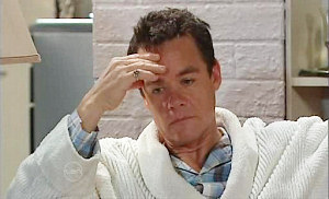 Paul Robinson in Neighbours Episode 4806