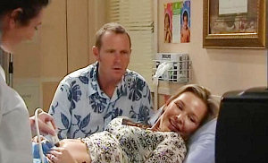 Max Hoyland, Steph Scully in Neighbours Episode 4806