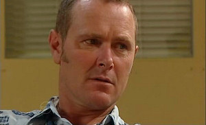 Max Hoyland in Neighbours Episode 4807