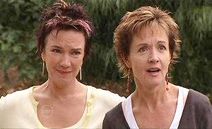Lyn Scully, Susan Kennedy in Neighbours Episode 4810
