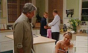 Joe Mangel, Boyd Hoyland, Max Hoyland, Steph Scully in Neighbours Episode 4813