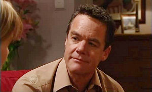 Paul Robinson in Neighbours Episode 4813