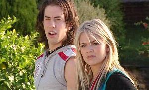 Dylan Timmins, Sky Mangel in Neighbours Episode 4813