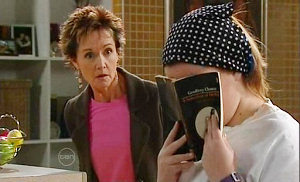 Bree Timmins, Susan Kennedy in Neighbours Episode 4813