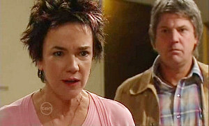 Lyn Scully, Joe Mangel in Neighbours Episode 4815