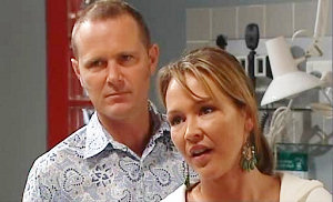 Max Hoyland, Steph Scully in Neighbours Episode 4822