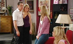 Paul Robinson, Izzy Hoyland, Sky Mangel, Elle Robinson in Neighbours Episode 4823