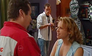 Toadie Rebecchi, Stuart Parker, Serena Bishop in Neighbours Episode 4823