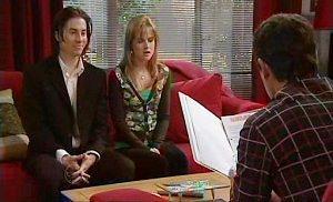 Dylan Timmins, Elle Robinson, Paul Robinson in Neighbours Episode 4823