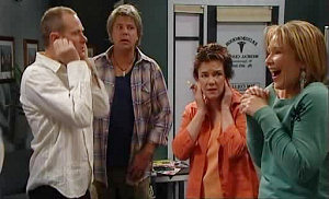 Max Hoyland, Joe Mangel, Lyn Scully, Steph Scully in Neighbours Episode 4825