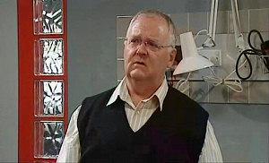 Harold Bishop in Neighbours Episode 4825